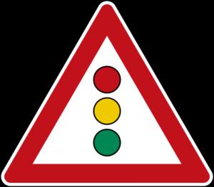 """""""Achtung Ampel"""" – Verkehrsschild der deutschen Straßenverkehrsordnung."""